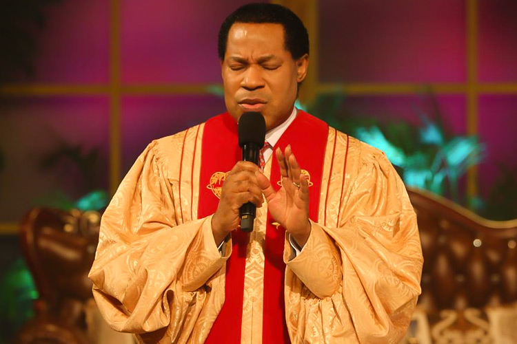 Prayer of Thanksgiving Opens Up May Global Service with Pastor Chris