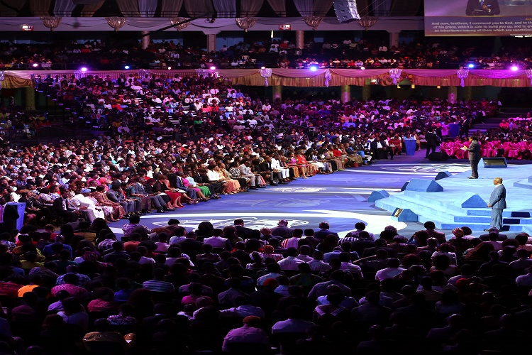 An Evening With The Word' With Pastor Chris