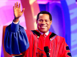 2017 New Year's Eve Service With Pastor Chris